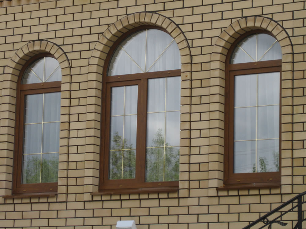 нестандартные окна арочного типа